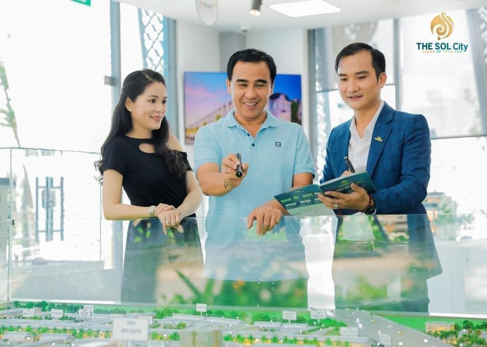 Quyen Linh mua du an The Sol City 2